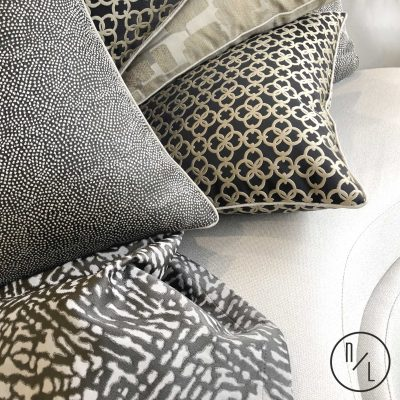 Cushions &Throws-logo